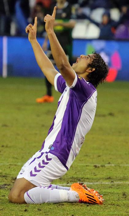 Osorio celebrando uno de los goles al Elche (RealValladolid.es)