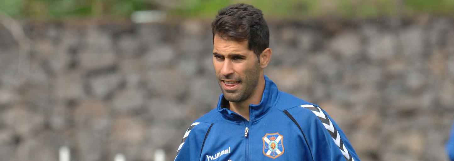 Javi Moyano en uno de los últimos entrenamientos con el Tenerife durante la temporada pasada (CDTenerife)