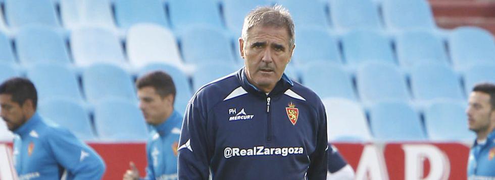 Paco Herrera durante uno de los entrenamientos de su etapa en el Real Zaragoiza (Heraldo)