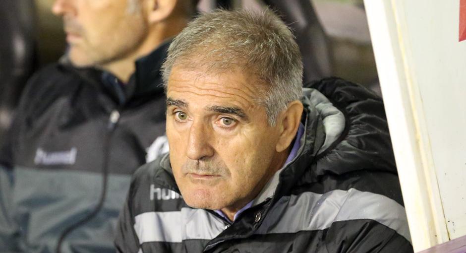 Paco Herrera en el banquillo del estadio José Zorrilla antes del duelo copero ante el CD Tenerife <em><strong>(RealValladolid.es)</strong></em>