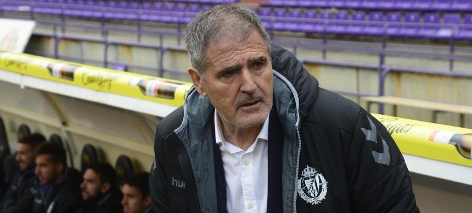 Paco Herrera, antes del inicio del partido ante el CD Tenerife de este fin de semana <em><strong>(RealValladolid.es)</strong></em>