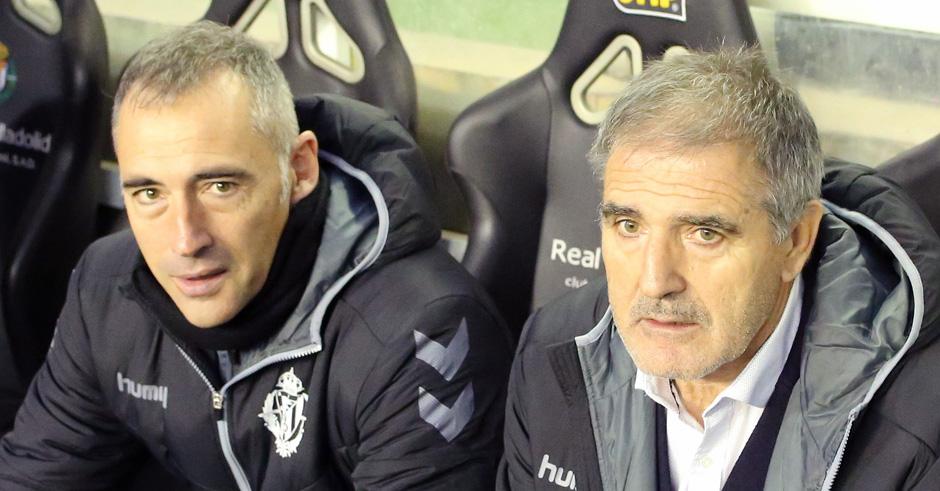Ángel Rodríguez y Paco herrera antes de un partido disputado en el Estadio José Zorrilla <em><strong>(RealValladolid.es)</strong></em>