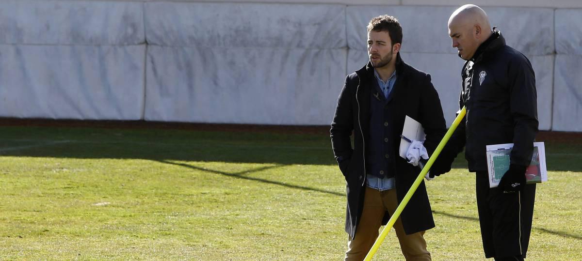 Luis César Sampedro junto a Vicente Moreno, director deportivo, en la etapa manchega de ambos <strong><em>(Josema Moreno | Diario AS)</em></strong>