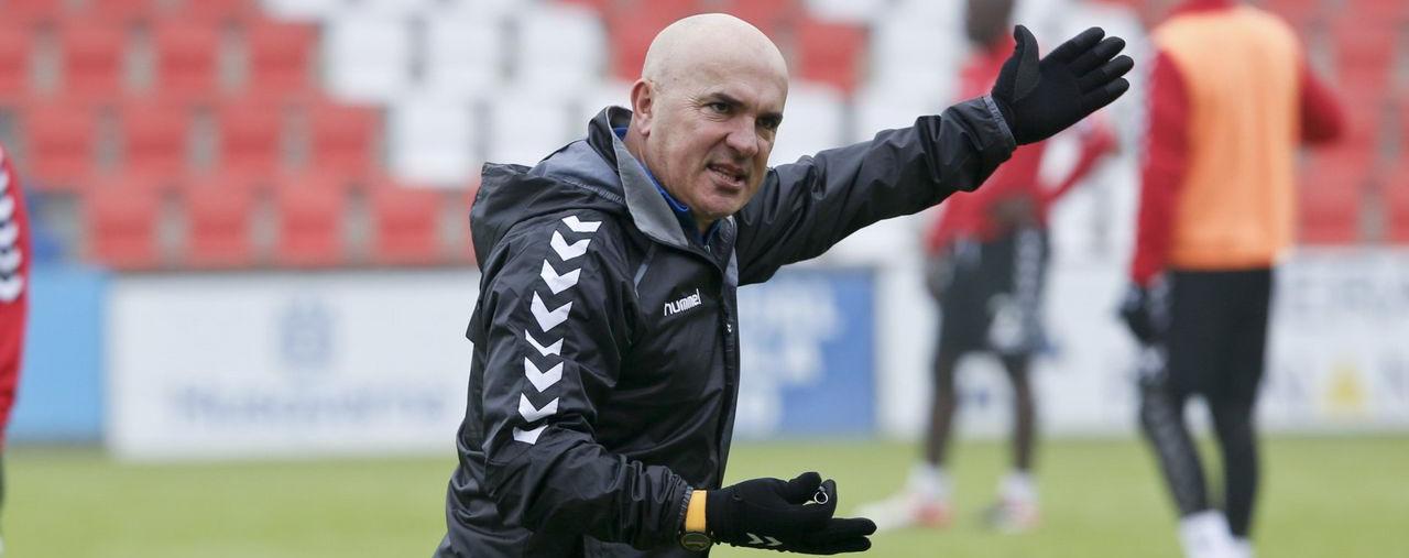 Luis César durante un entrenamiento de esta temporada con el Club Deportivo Lugo <em><strong>(La Voz de Galicia)</strong></em>