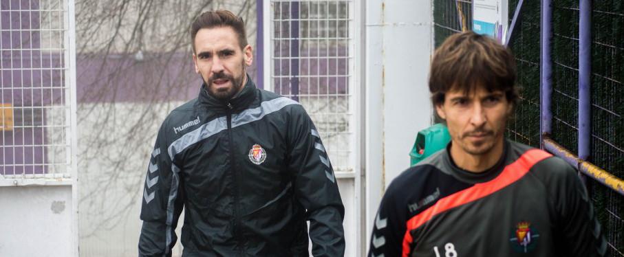 Borja Fernández, junto a Álvaro Rubio, antes de su primer entrenamiento en enero de 2016 <em><strong>(RealValladolid.es)</strong></em>