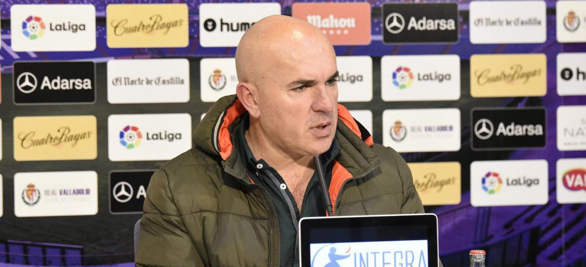 Luis César Sampedro, en una de sus últimas comparecencias en el Estadio José Zorrilla <em><strong>(RealValladolid.es)</strong></em>