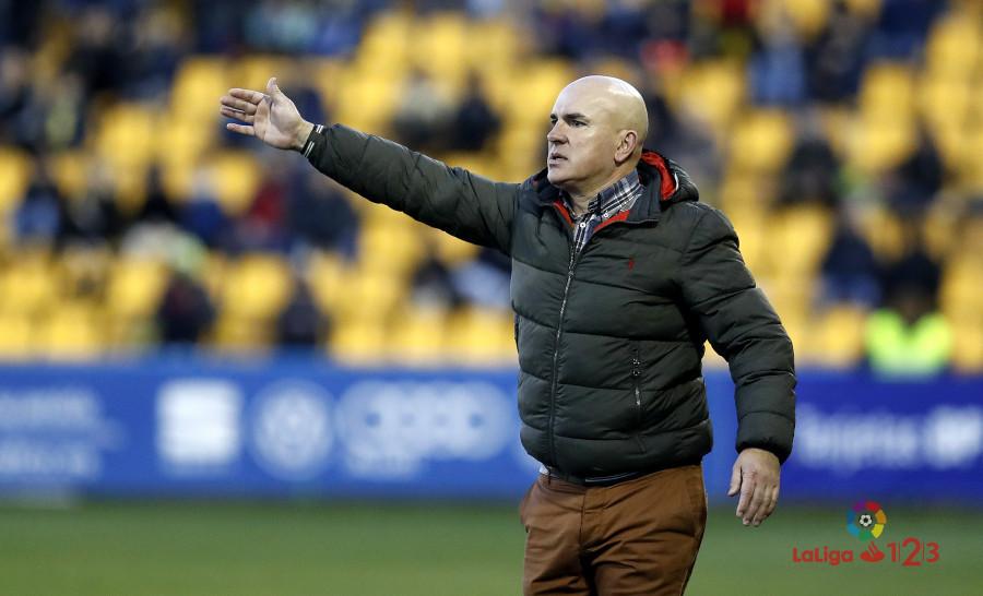 Luis César Sampedro, en el partido disputado en el Estadio de Santo Domingo | <em><strong>Foto: LaLiga</strong></em>