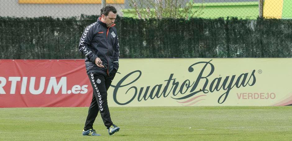 Sergio González, durante su primer entrenamiento en los Anexos al Estadio José Zorrilla | <em><strong>Foto: RealValladolid.es</strong></em>