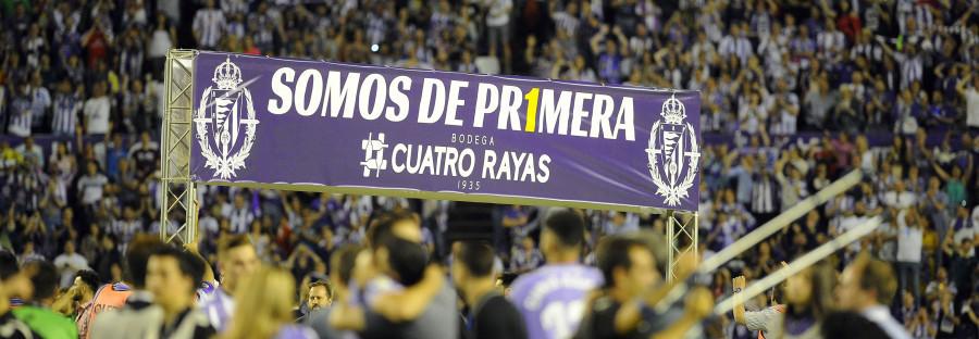 Imagen de la celebración de ascenso del Real Valladolid en el Estadio José Zorrilla | <em><strong>Foto: LaLiga</strong></em>
