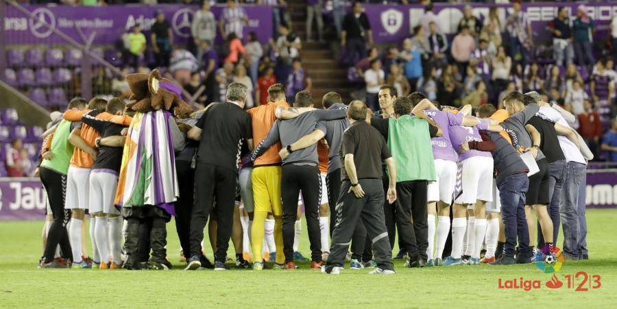El Real Valladolid, tras la consecución del play-off de ascenso ante el CA Osasuna | <em><strong>Foto: LaLiga</strong></em>